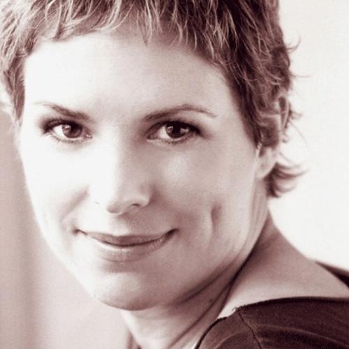 Johanna Nutter  (elle, she, her, hers)